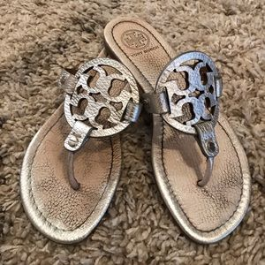 Tory Burch Miller Silver Leather 7.5 Sandal
